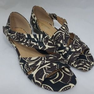 Naturalizer Jane tribal print sandals women sz 5.5